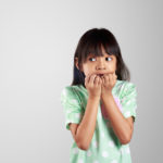 Если ребенок боится других детей