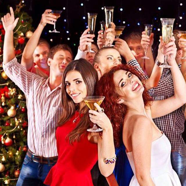 Где весело и оригинально встретить новый год