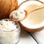 Кокосовое масло от прыщей: мнение специалистов