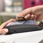 Нужна ли банковская карта для ребенка и почему это опасно